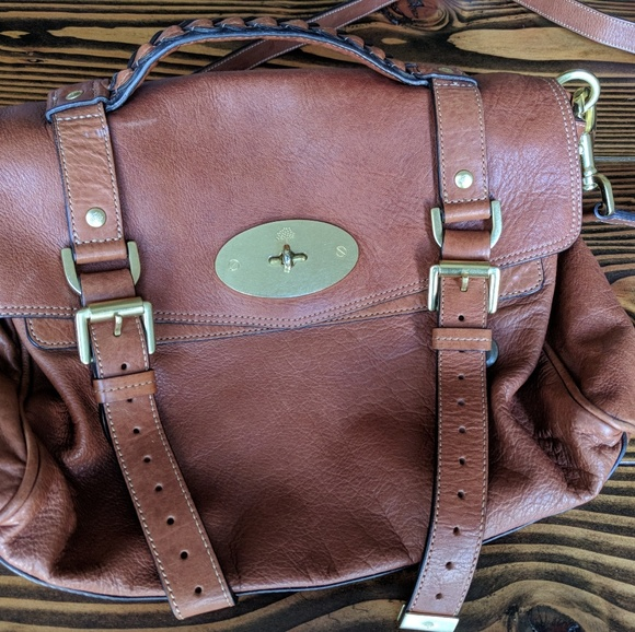 aa6d16bf552a Authentic Mulberry Alexa Purse (Brown). M 5a89ddef33162769894fd3f0
